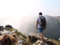 Von der Schwere des Abschieds und der Kunst des Ankommens