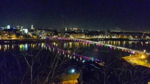 Brücke über der Donau