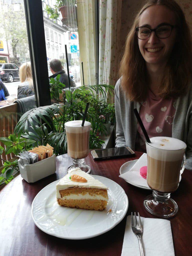Ich im Café