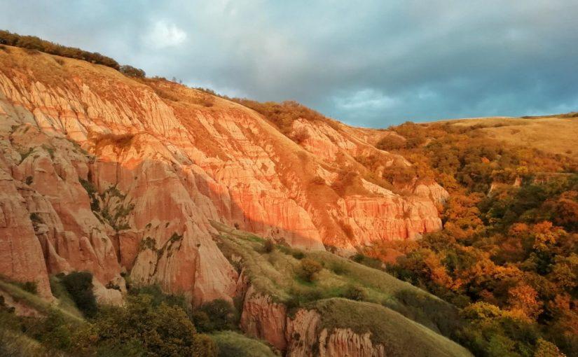 Die Erklimmung des Roten Berges